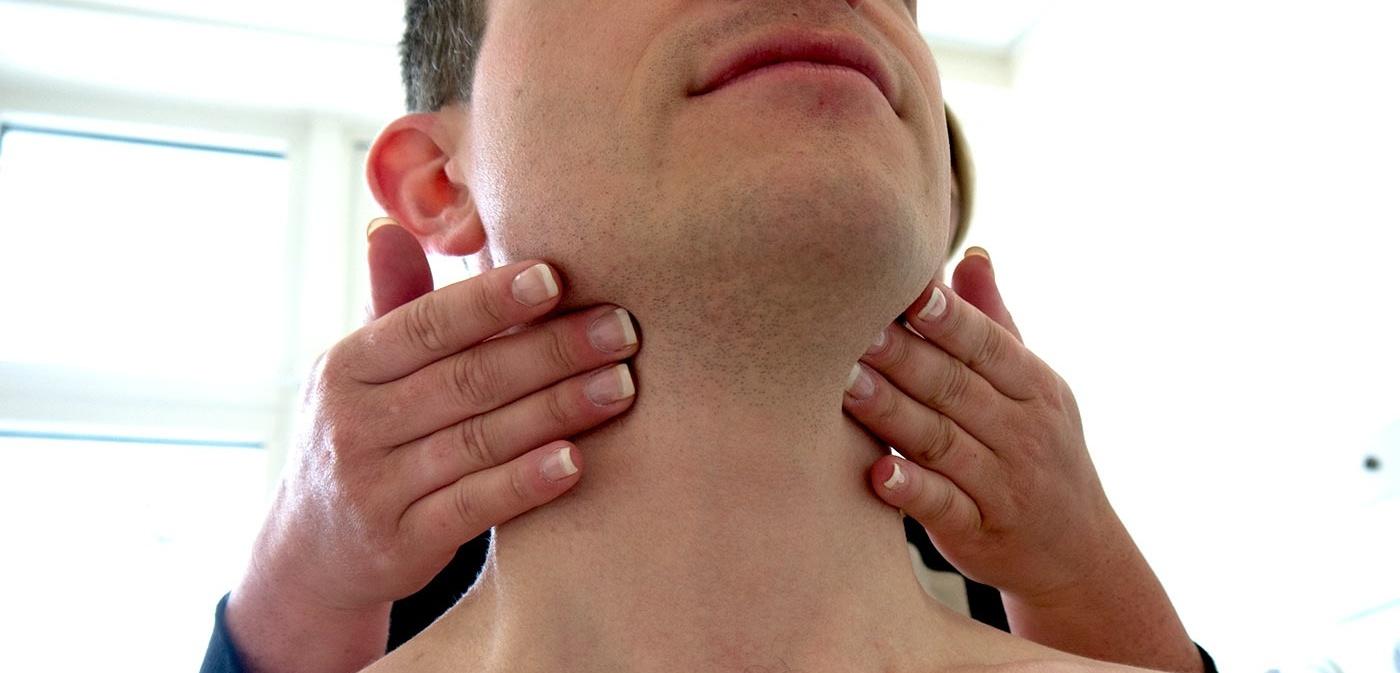 petefészekrák állkapocsfájdalom