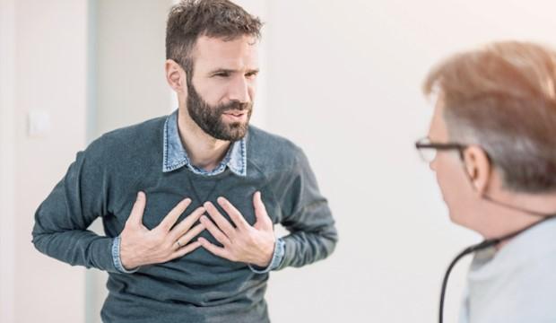 emlőrák tünetei férfiaknál)