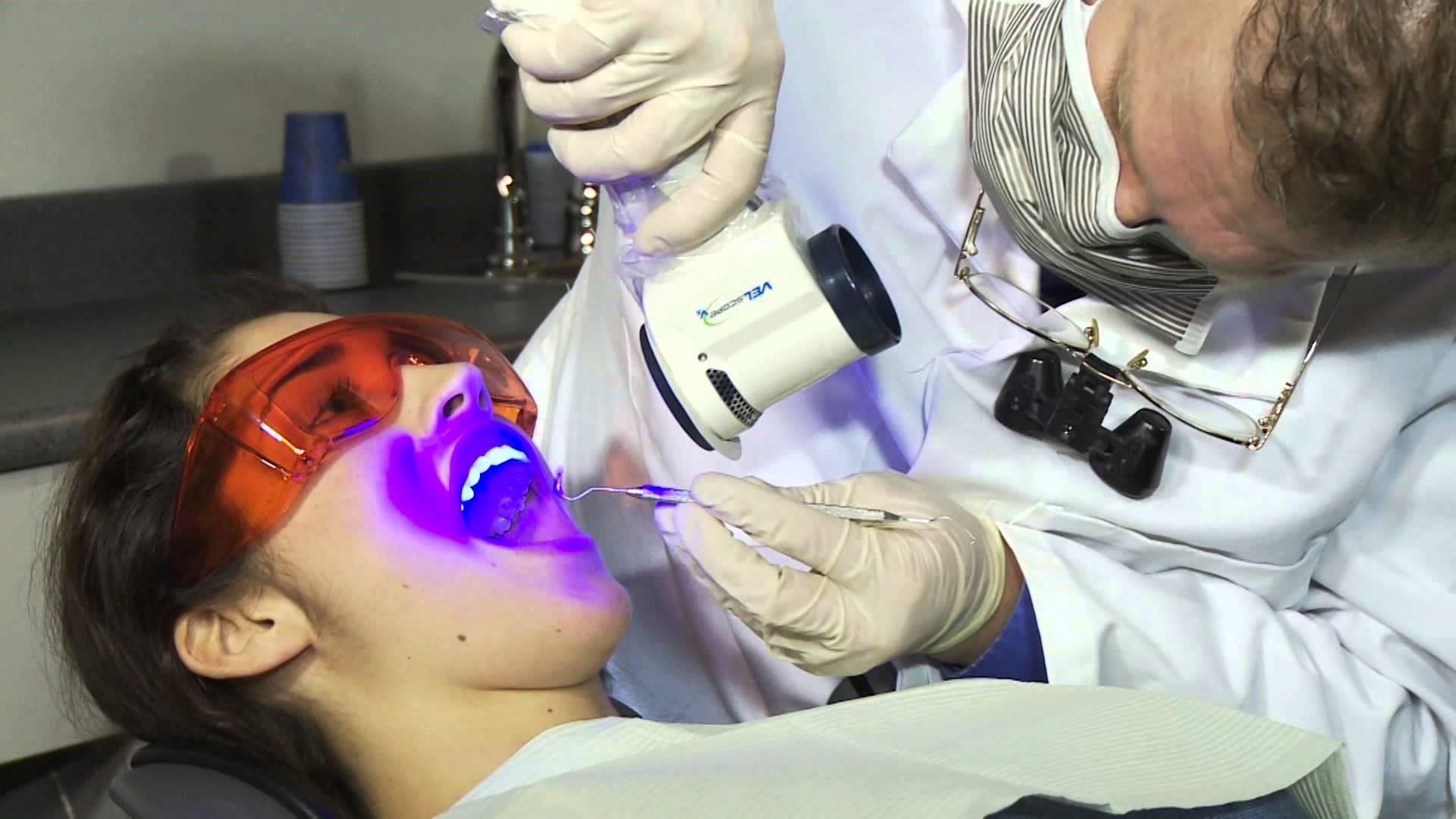 szájüregi szakember