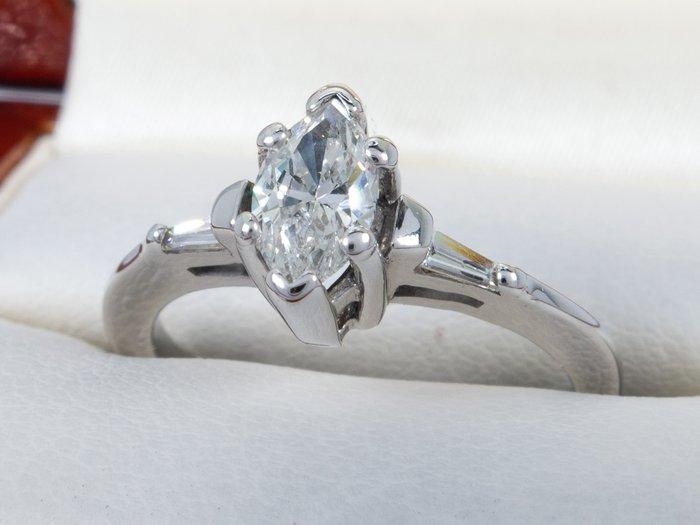 magányos gyémánt